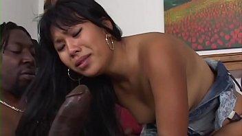 Молодая брюнетка amber перепихнулась на кастинге mompov